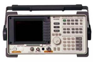 Hewlett Packard 8595E/010 spektrální analyzátor 9kHz - 6,5GHz s tracking generátorem obrázek