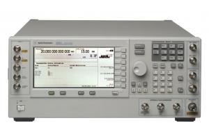Agilent E8267C