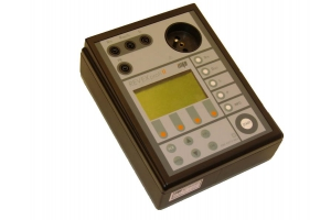 ILLKO REVEXprofi II přístroj pro kontroly a revize el. spotřebičů dle ČSN 33 1600 ed.2 obrázek