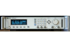 HP 8110A 81103A dvojitý pulzní generátor obrázek 01