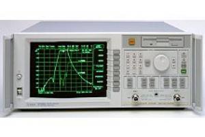 Agilent 8714ES network analyzátor