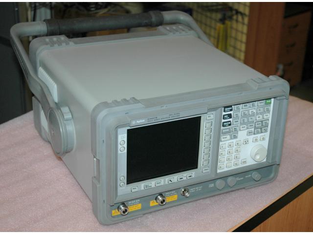 Agilent E4407B ESA-E, spektrální analyzátor s TG, 9 kHz až 26.5 GHz