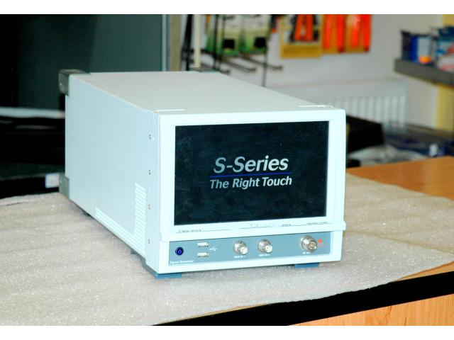 Aeroflex SGA-6, signalní generátor